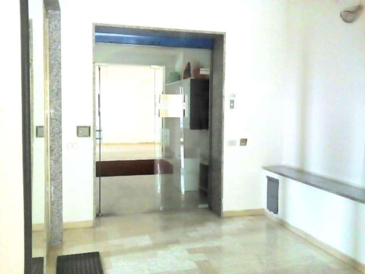 Negozio / Locale in affitto a Santa Maria a Vico, 1 locali, prezzo € 400 | Cambio Casa.it