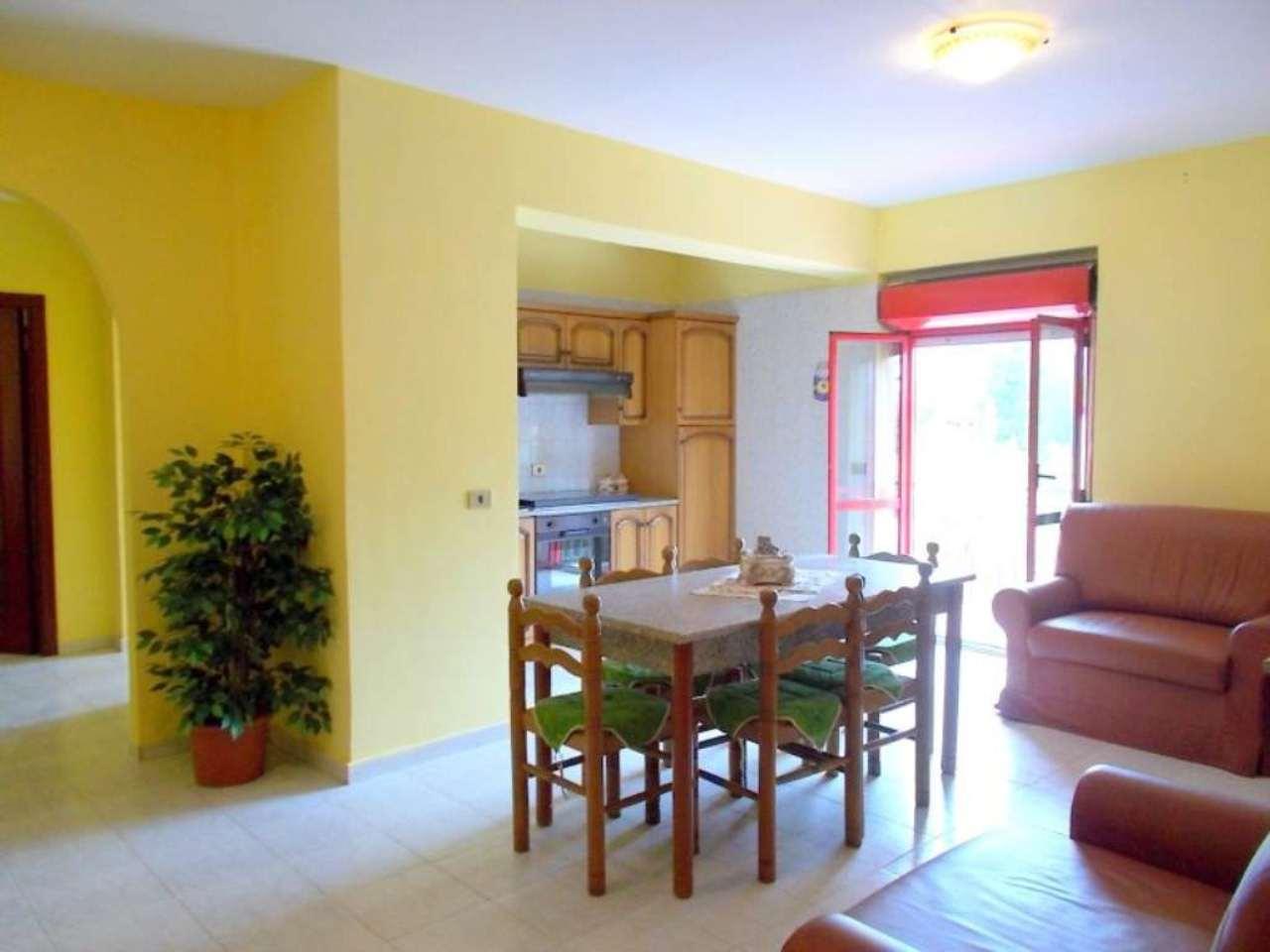 Appartamento in vendita a Arienzo, 4 locali, prezzo € 55.000 | Cambio Casa.it