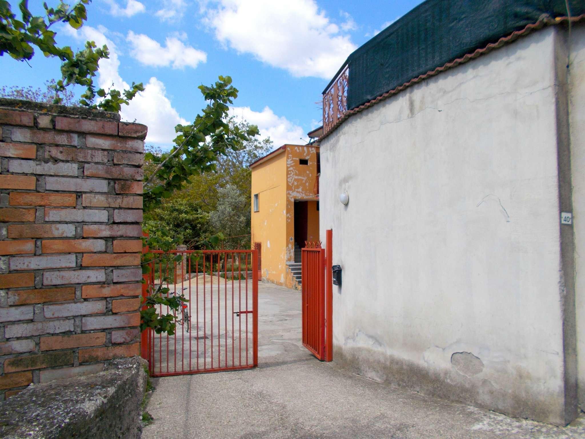 Appartamento in affitto a Santa Maria a Vico, 3 locali, prezzo € 200 | CambioCasa.it