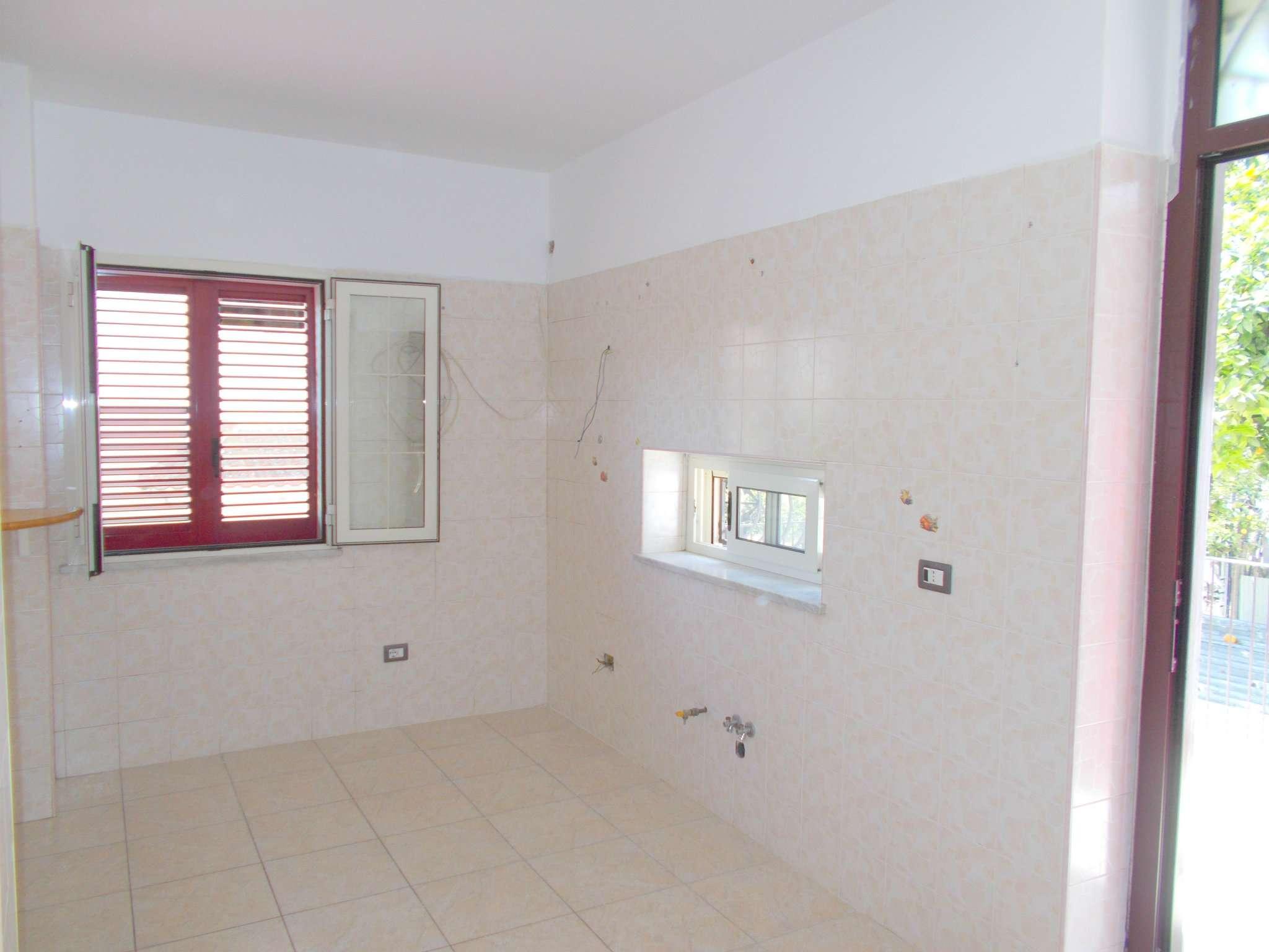 Appartamento in affitto a Santa Maria a Vico, 3 locali, prezzo € 300 | Cambio Casa.it