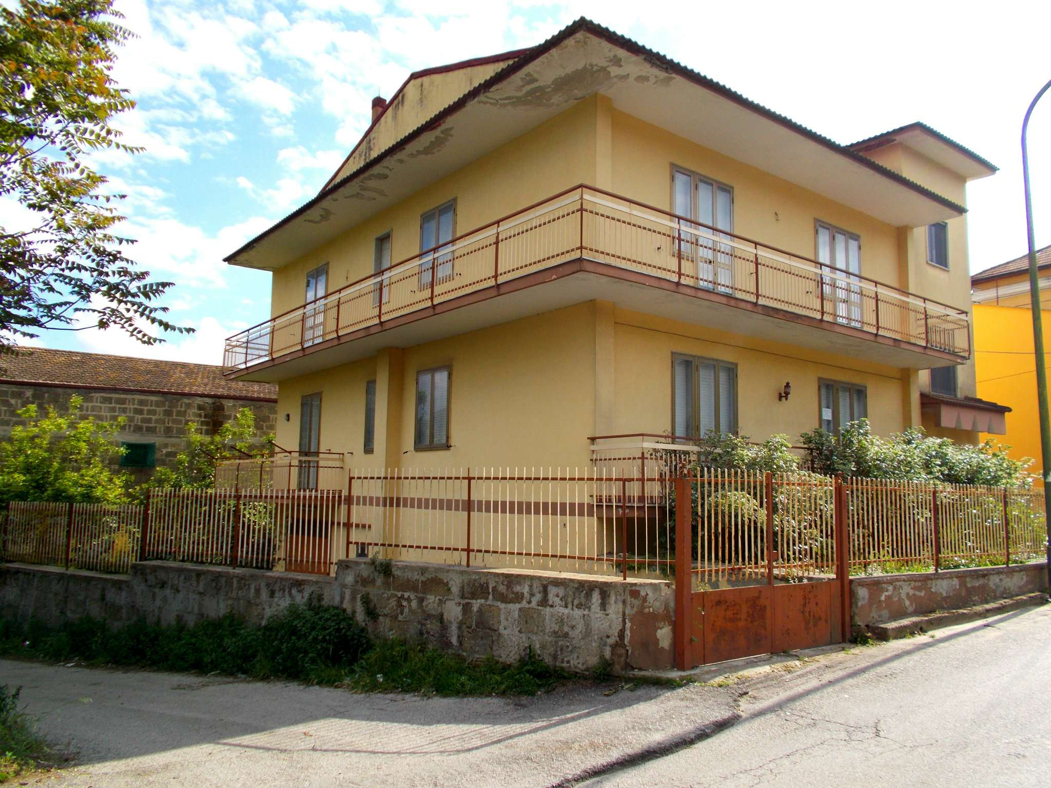 Appartamento in vendita a Cervino, 5 locali, prezzo € 120.000 | CambioCasa.it
