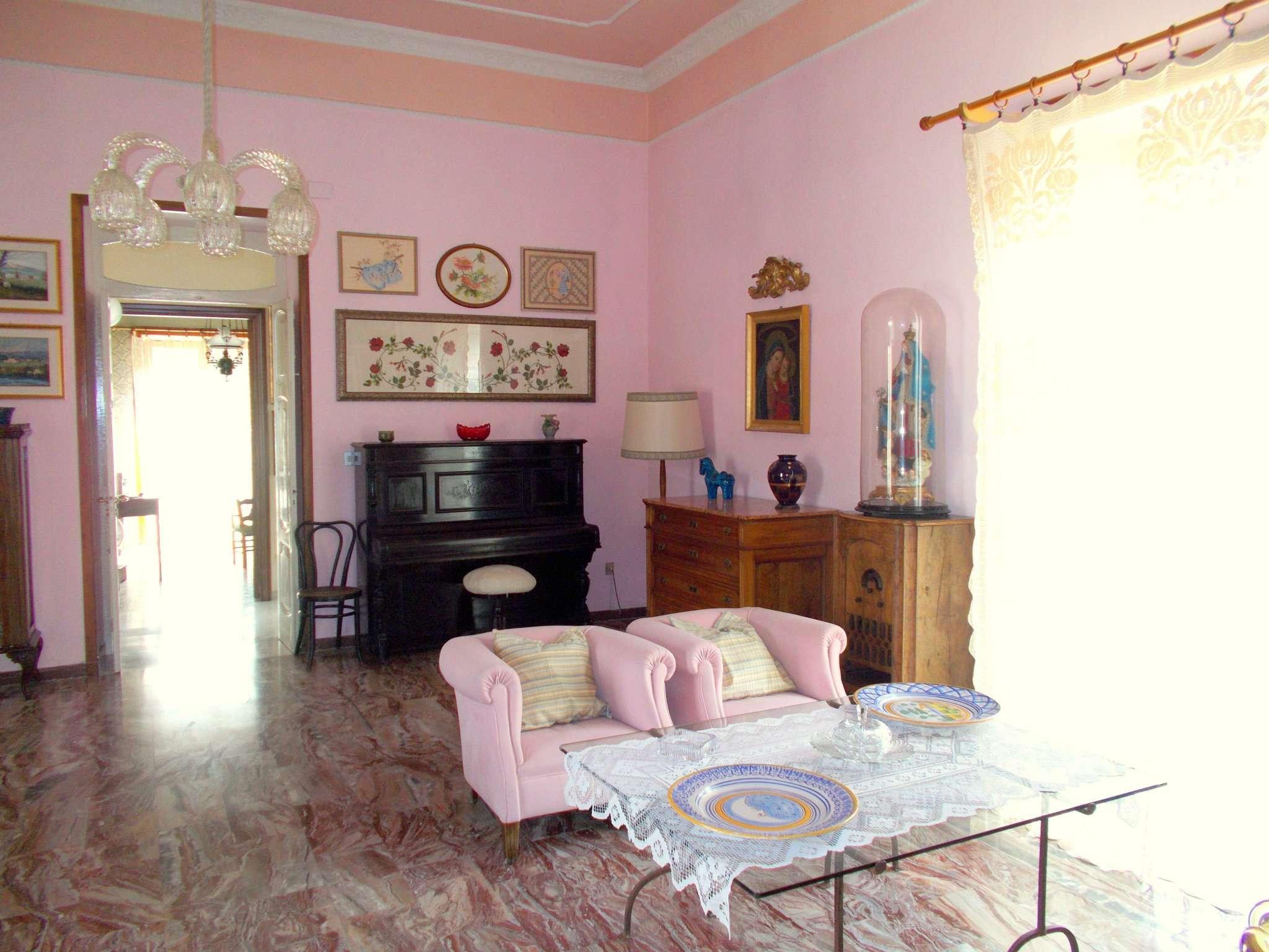 Altro in vendita a San Felice a Cancello, 11 locali, prezzo € 220.000 | CambioCasa.it