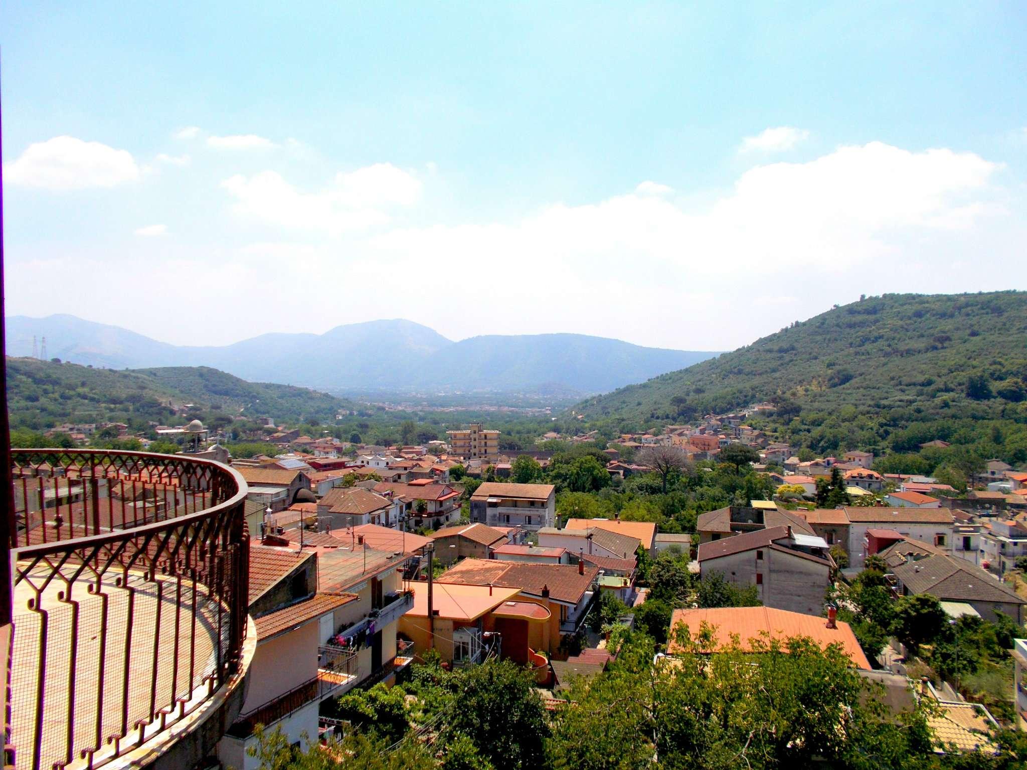 Appartamento in vendita a Cervino, 5 locali, prezzo € 55.000 | CambioCasa.it