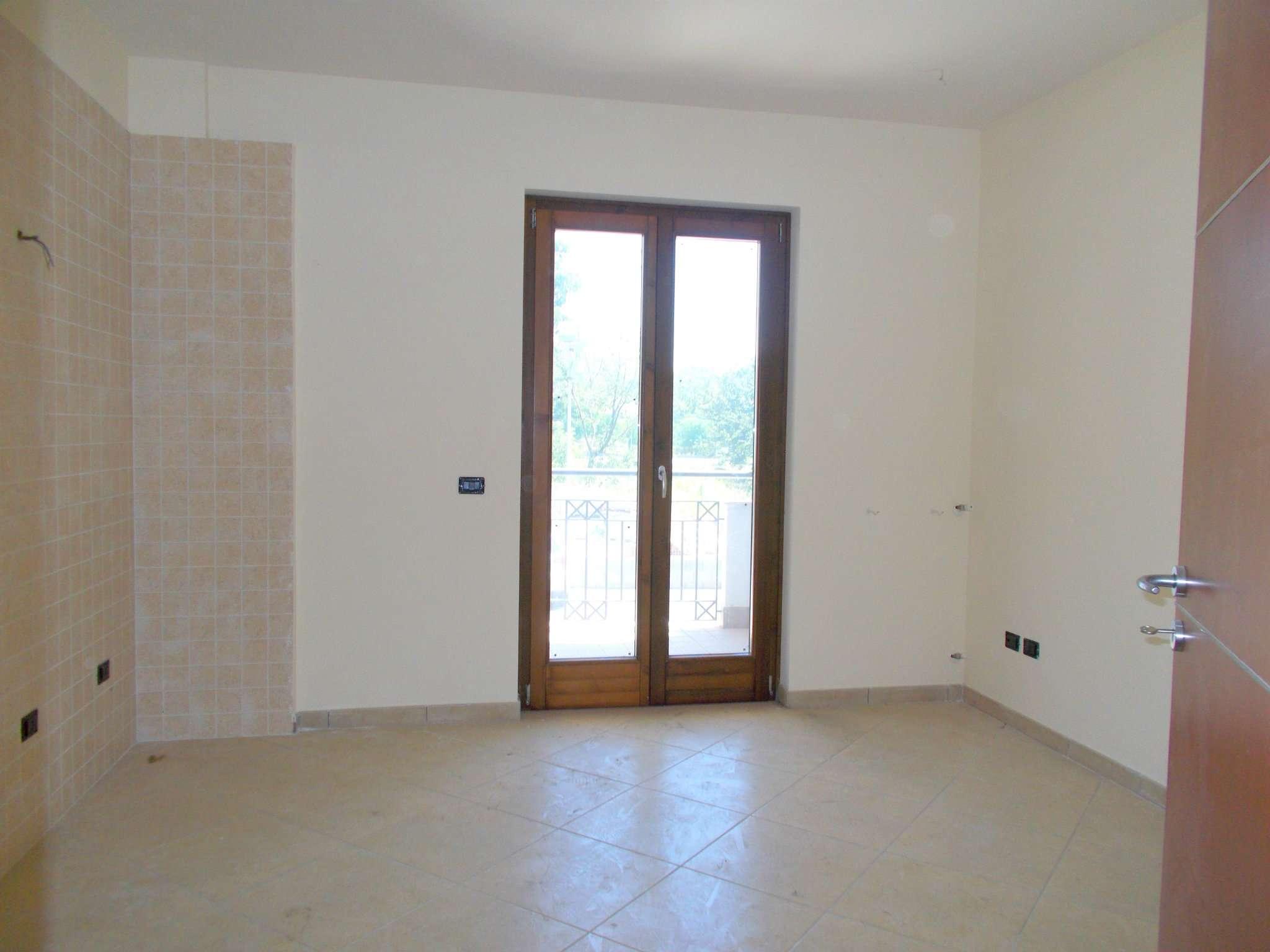 Appartamento in vendita a Arienzo, 4 locali, prezzo € 139.000 | CambioCasa.it