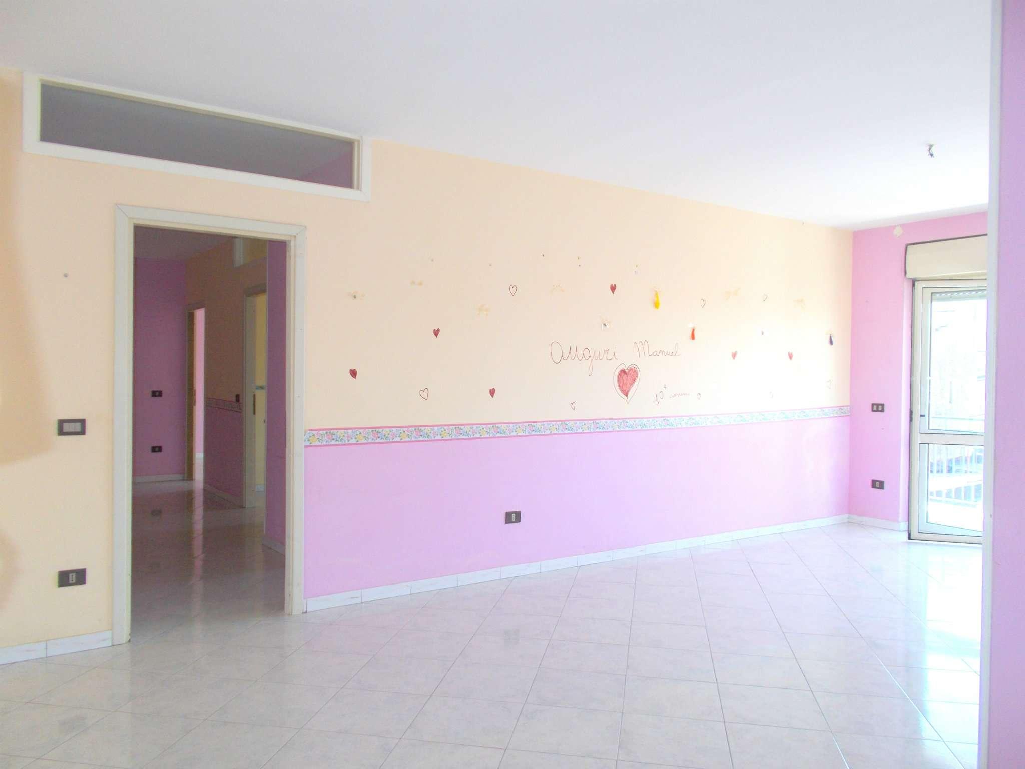 Appartamento in affitto a Santa Maria a Vico, 4 locali, prezzo € 320 | CambioCasa.it