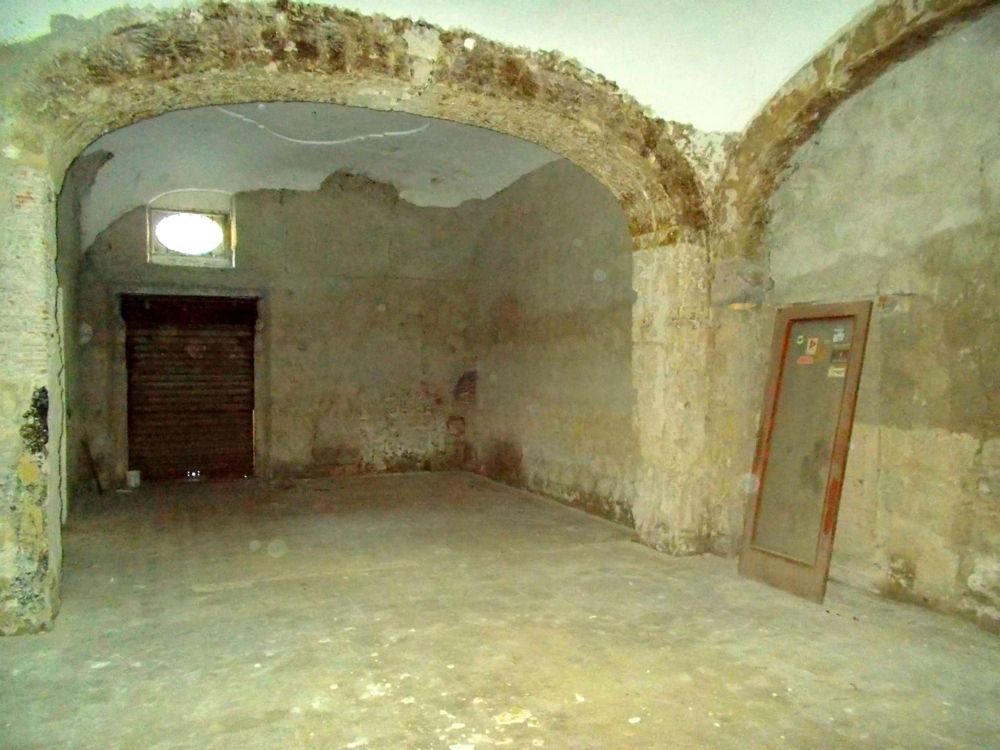 Negozio / Locale in vendita a Santa Maria a Vico, 9999 locali, prezzo € 35.000 | CambioCasa.it