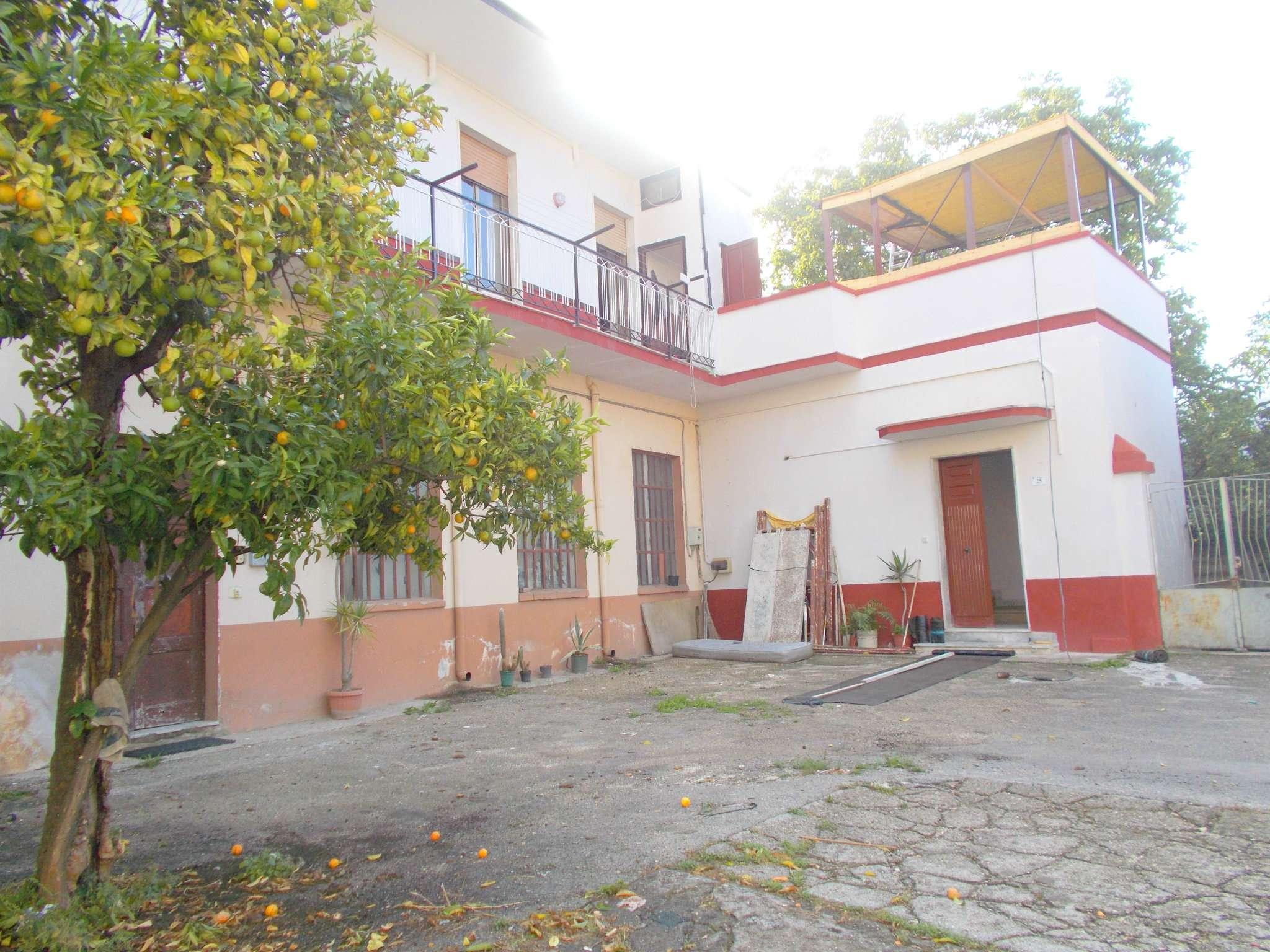 Appartamento in vendita a Santa Maria a Vico, 9999 locali, prezzo € 35.000 | CambioCasa.it