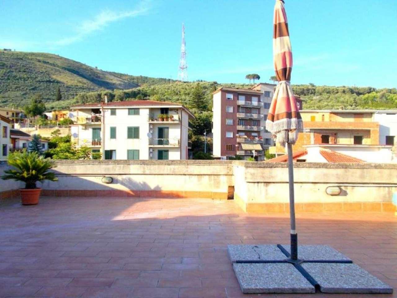 Appartamento in vendita a Santa Maria a Vico, 5 locali, prezzo € 115.000 | Cambio Casa.it
