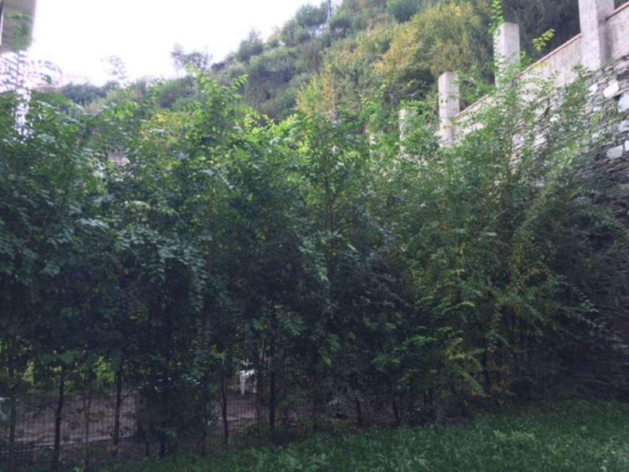 Bilocale Genova Via Varenna 1