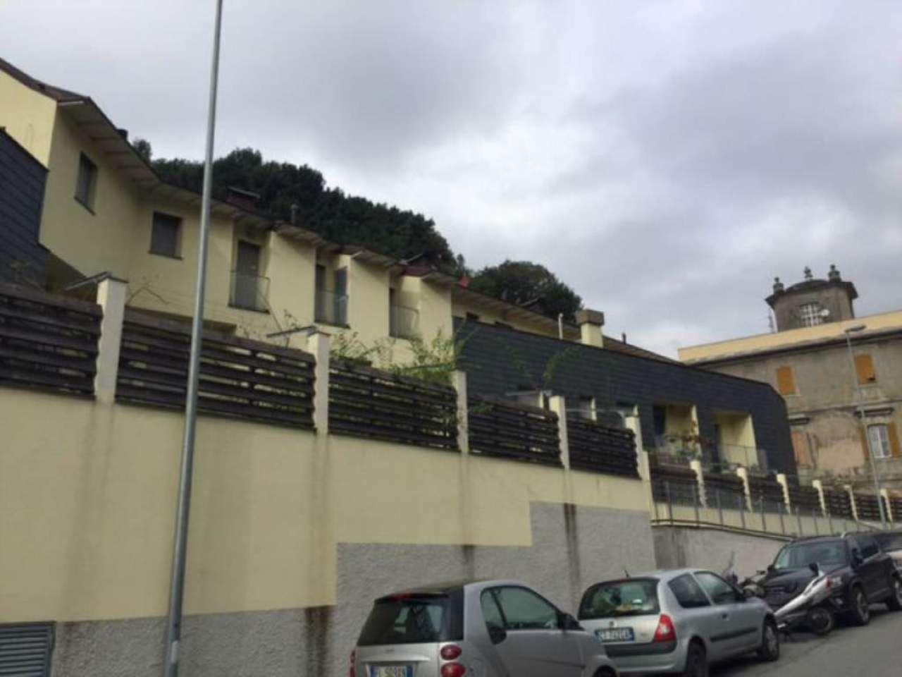 Bilocale Genova Via Varenna 7