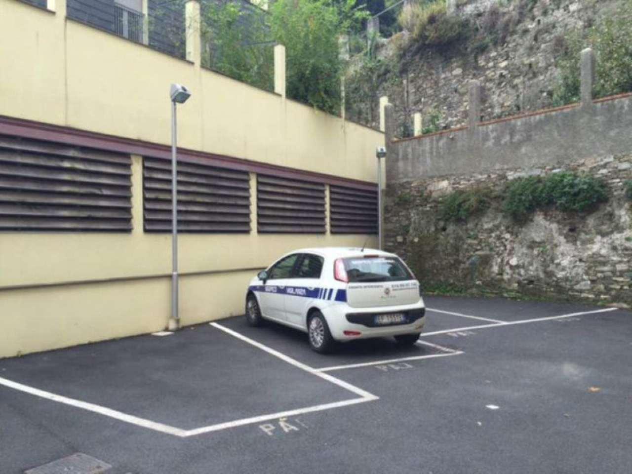 Bilocale Genova Via Varenna 12