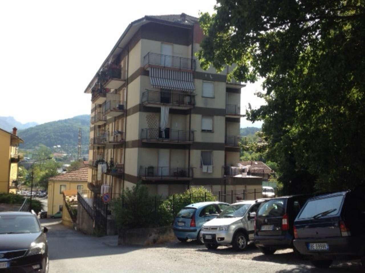 Appartamento in vendita a Busalla, 3 locali, prezzo € 120.000   CambioCasa.it