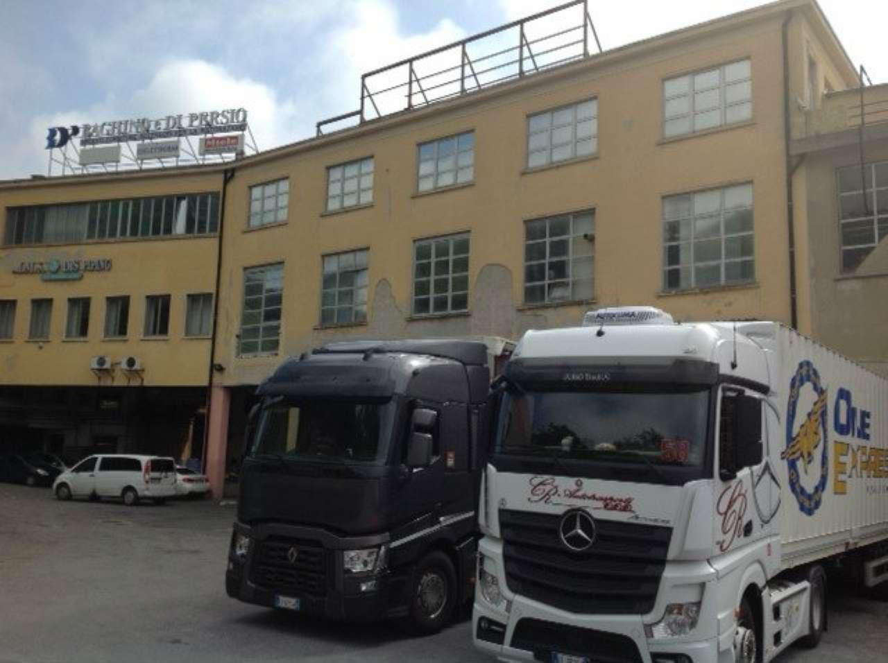 Genova Vendita CAPANNONE Immagine 1