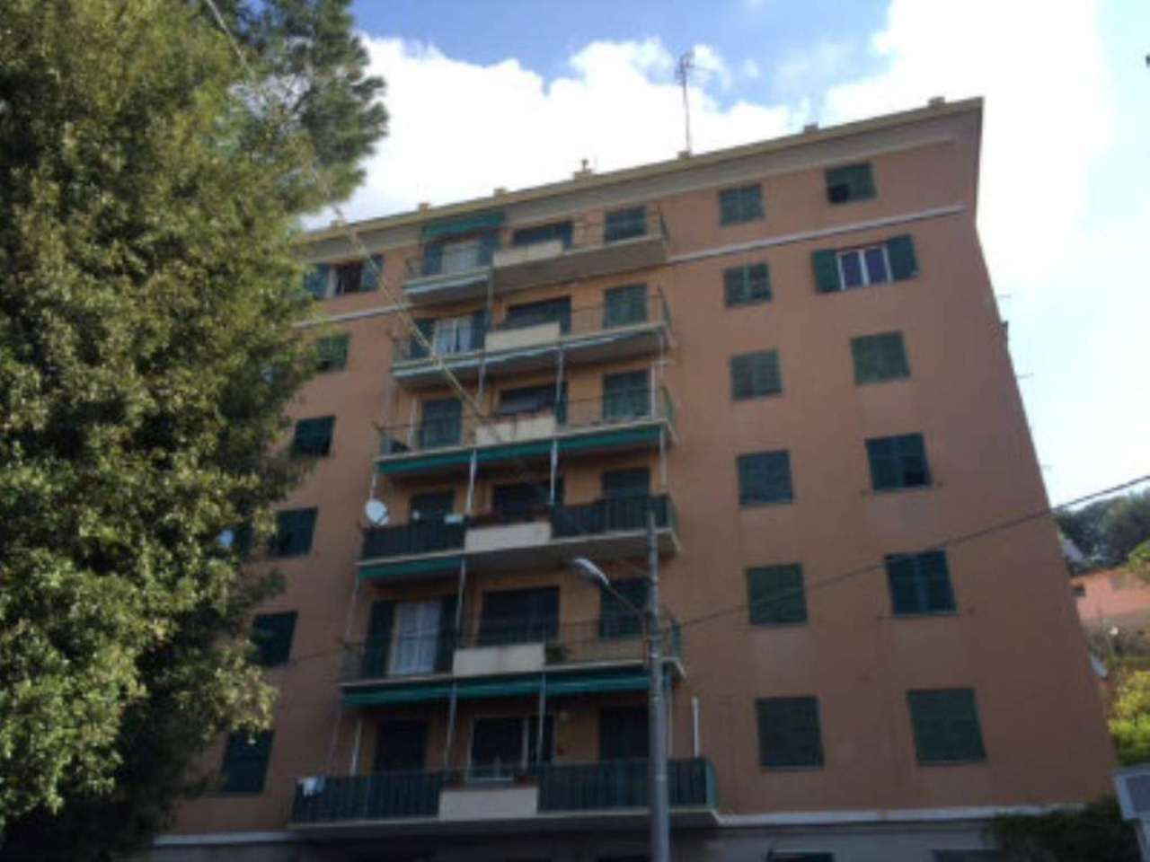 Bilocale Genova Via Reggio 12