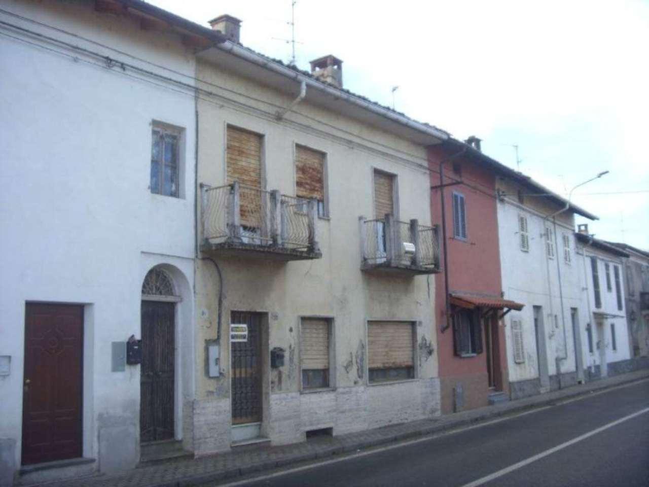 Palazzo / Stabile in vendita a Ronsecco, 4 locali, prezzo € 60.000 | Cambio Casa.it