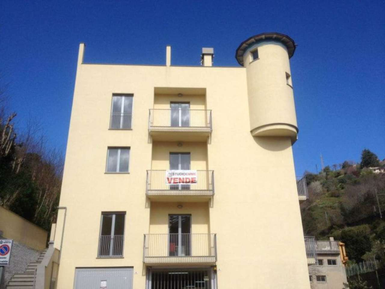Bilocale Genova Via Torrente Molinassi 11