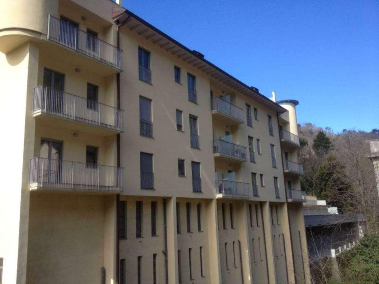 Bilocale Genova Via Torrente Molinassi 10