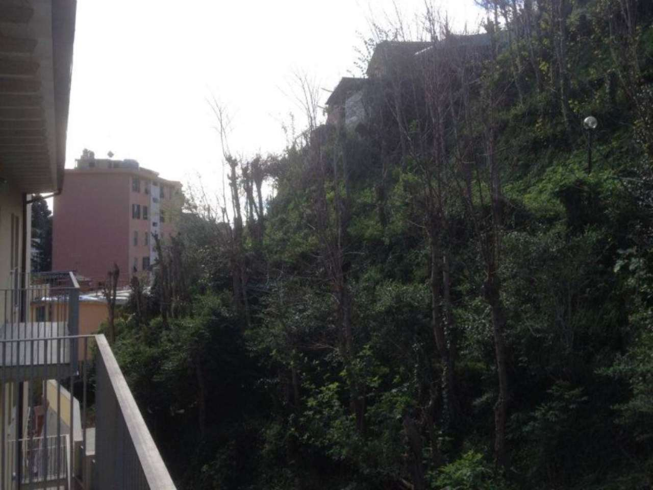 Bilocale Genova Via Torrente Molinassi 8