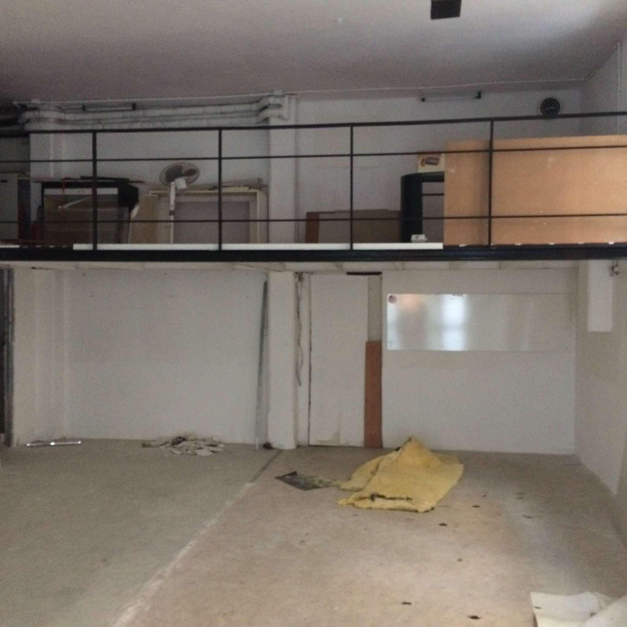 Laboratorio in vendita a Genova, 9999 locali, zona Zona: 13 . Sestri Ponente, Medio Ponente, prezzo € 105.000 | Cambio Casa.it