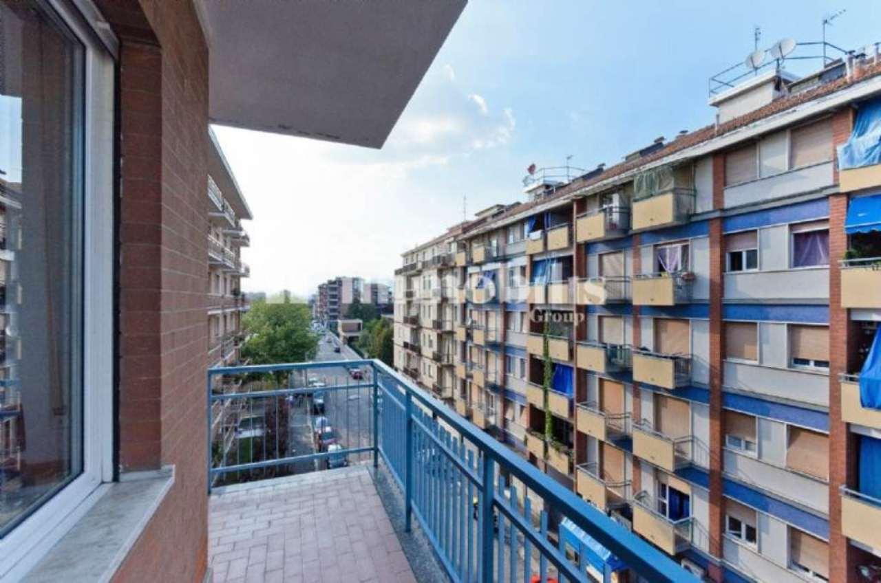 Bilocale Torino Via Brissogne 13