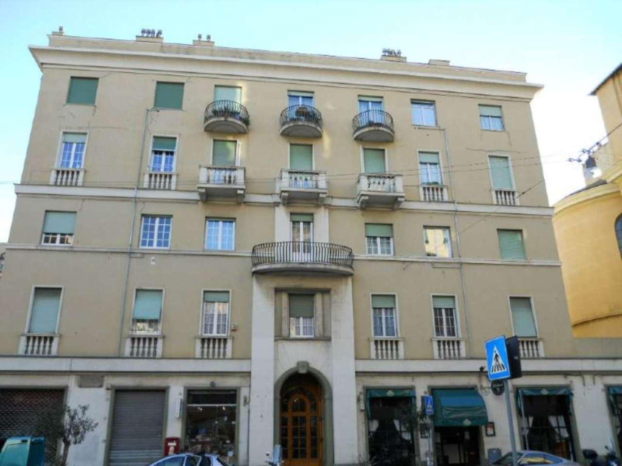 Bilocale Genova Via Nizza 3