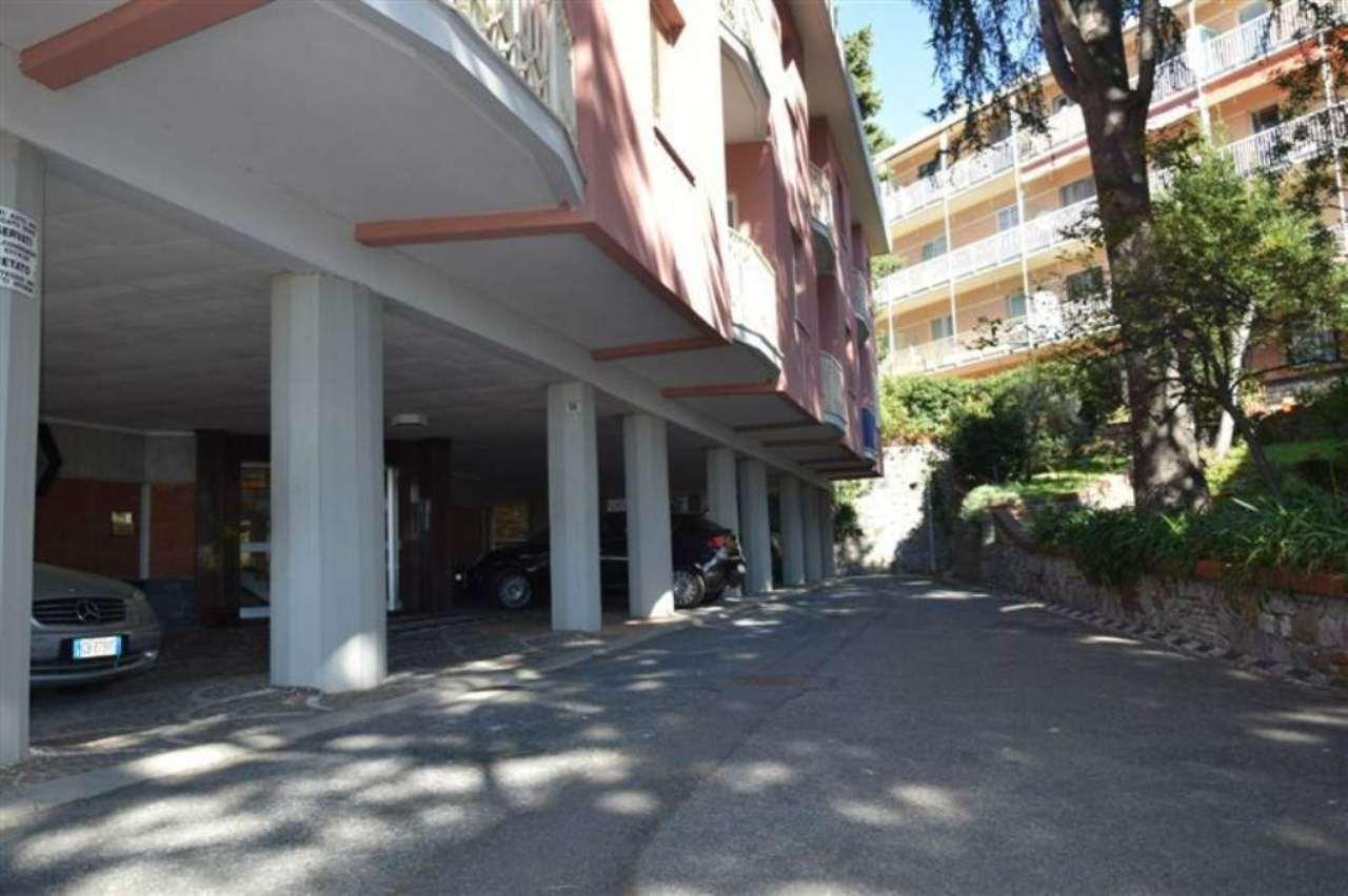 Bilocale Genova Via Flavia Steno 11