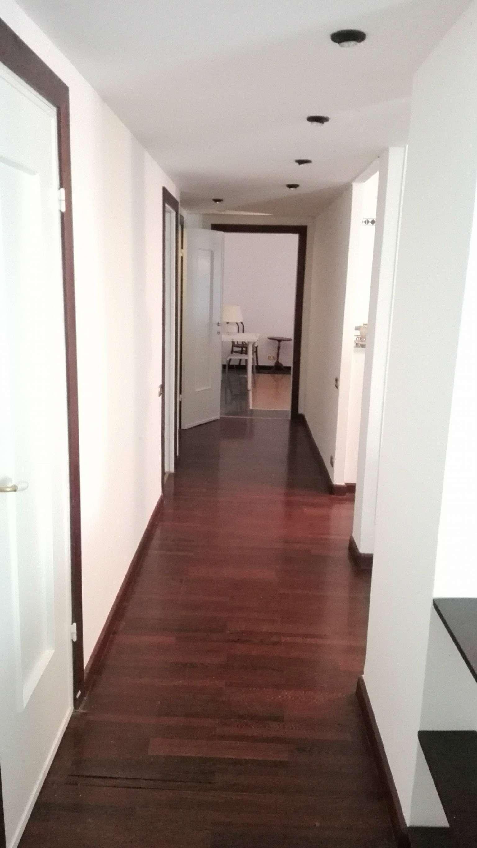 Appartamento genova affitto 800 110 mq riscaldamento for Contratto affitto appartamento arredato