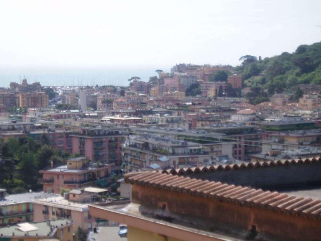 Bilocale Rapallo Via  Del Castellino 2