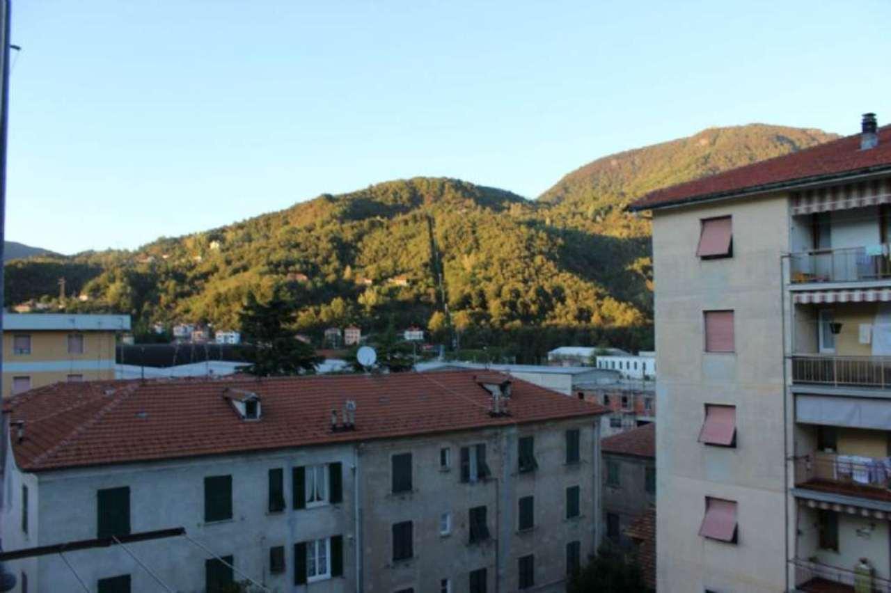 Appartamento in vendita a Ronco Scrivia, 7 locali, prezzo € 85.000 | Cambio Casa.it