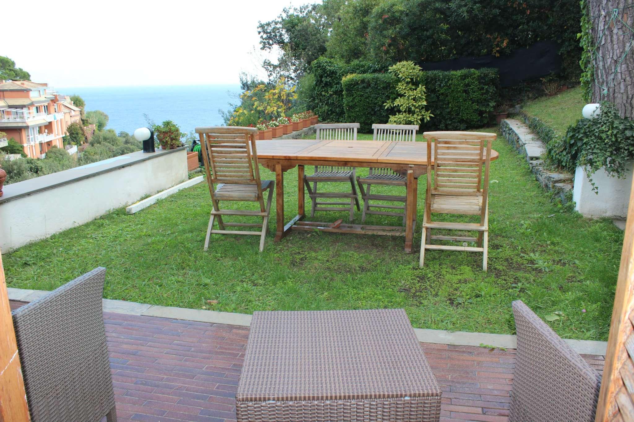Villa in vendita a Arenzano, 11 locali, prezzo € 820.000 | Cambio Casa.it