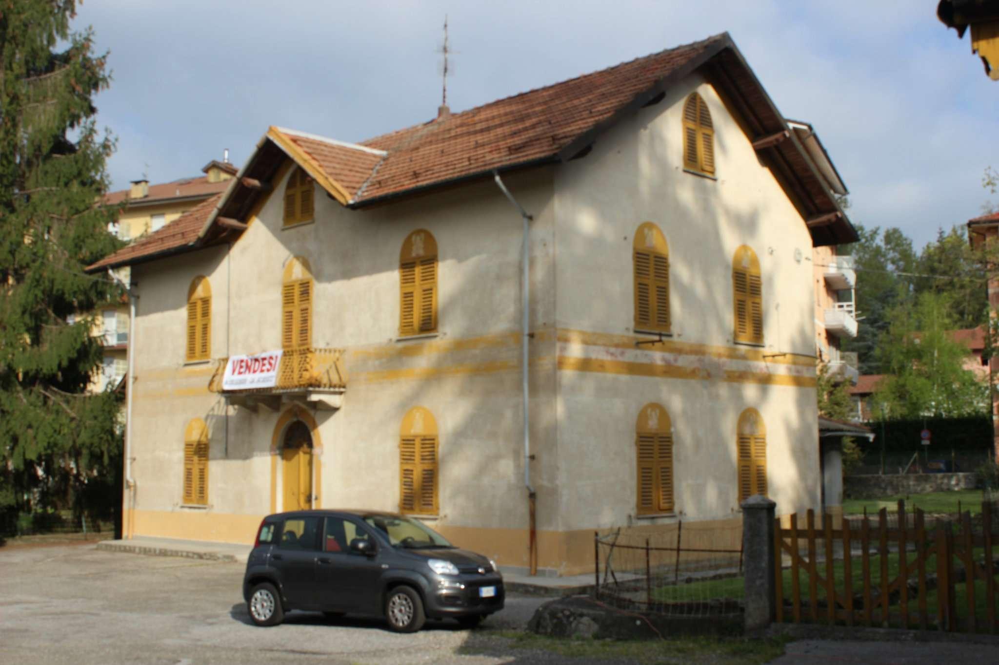 Soluzione Indipendente in vendita a Busalla, 13 locali, prezzo € 440.000 | Cambio Casa.it
