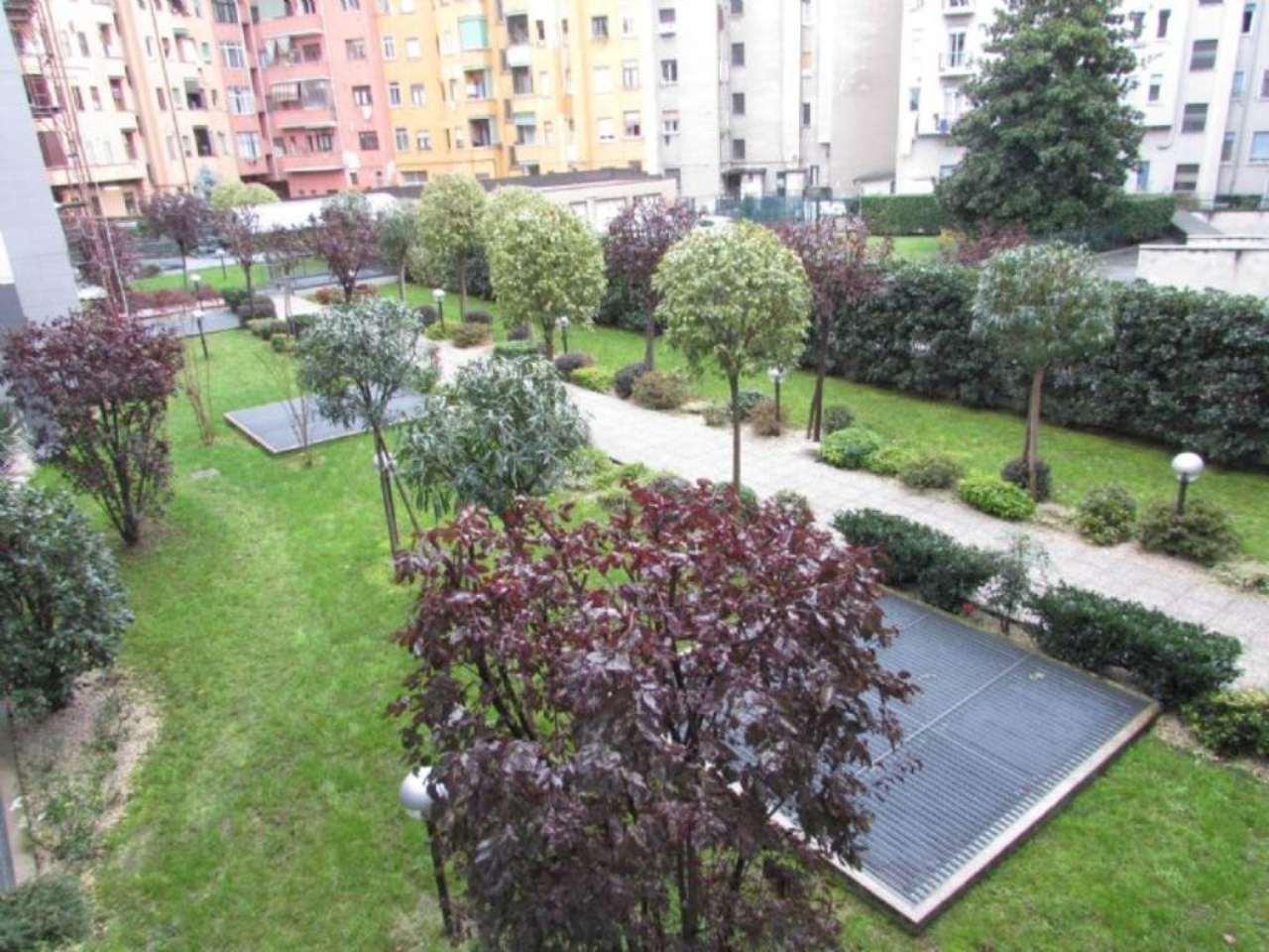 Bilocale Milano Via Tito Livio 3