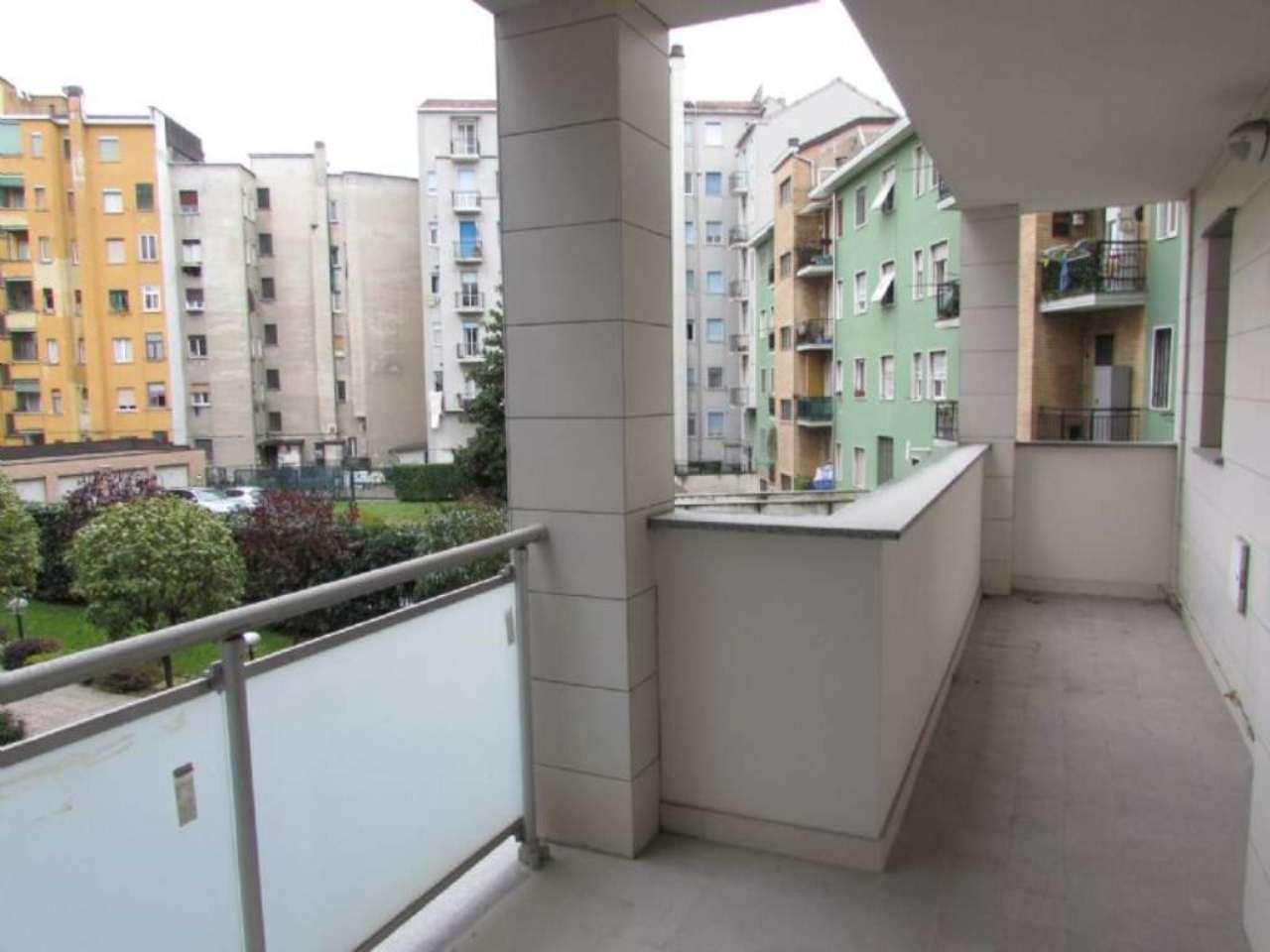 Bilocale Milano Via Tito Livio 1