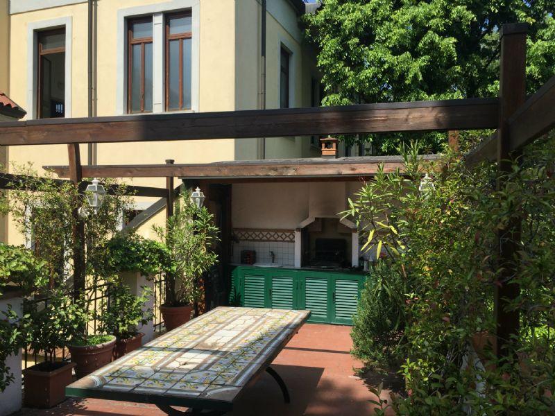 Bilocale Milano Largo Carrobbio 9