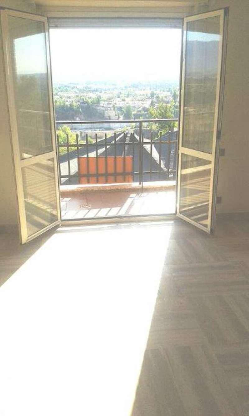 Attico / Mansarda in vendita a Guidonia Montecelio, 3 locali, prezzo € 150.000 | Cambio Casa.it