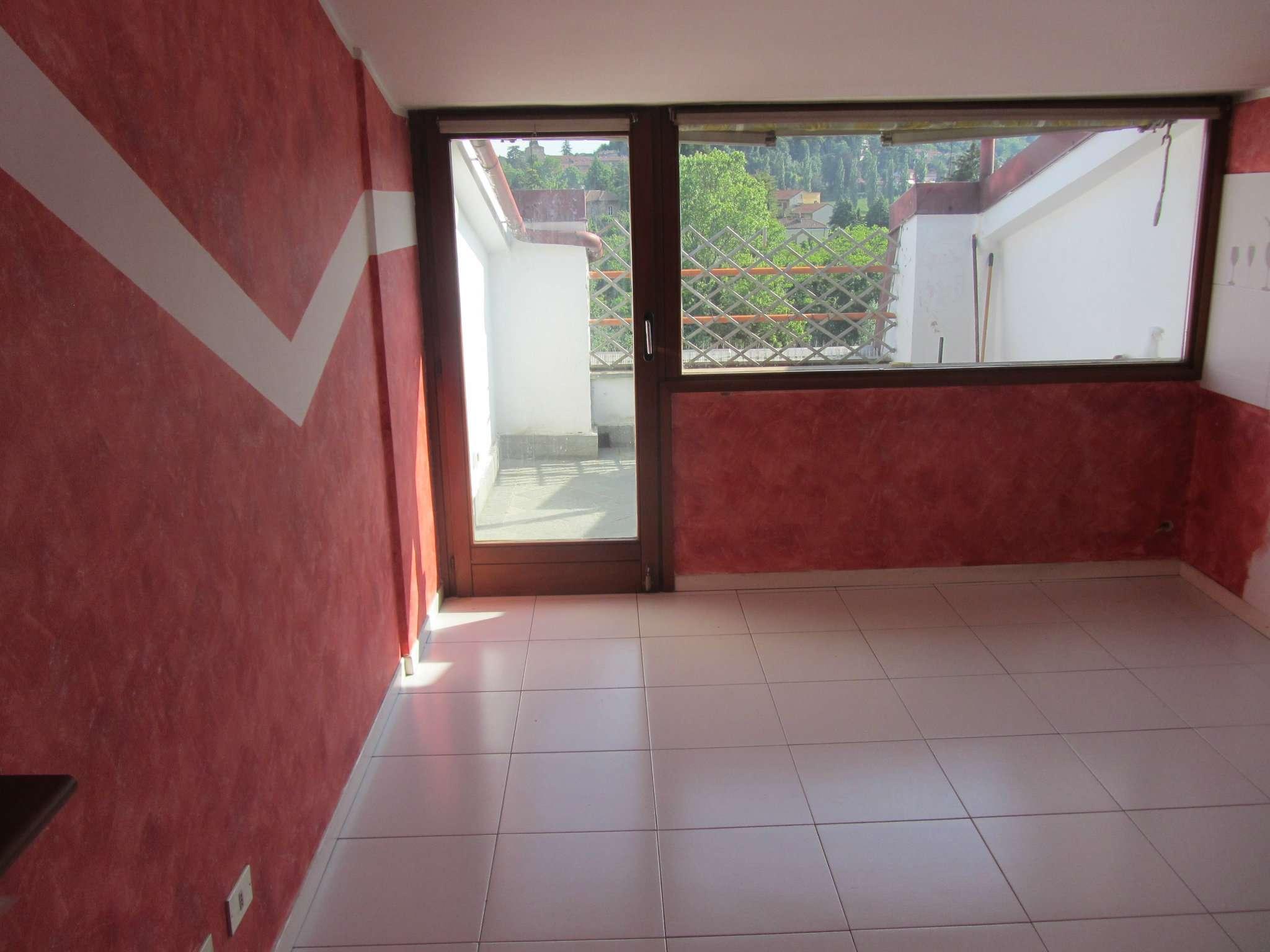 Appartamento in affitto a Rivoli, 3 locali, prezzo € 500   CambioCasa.it