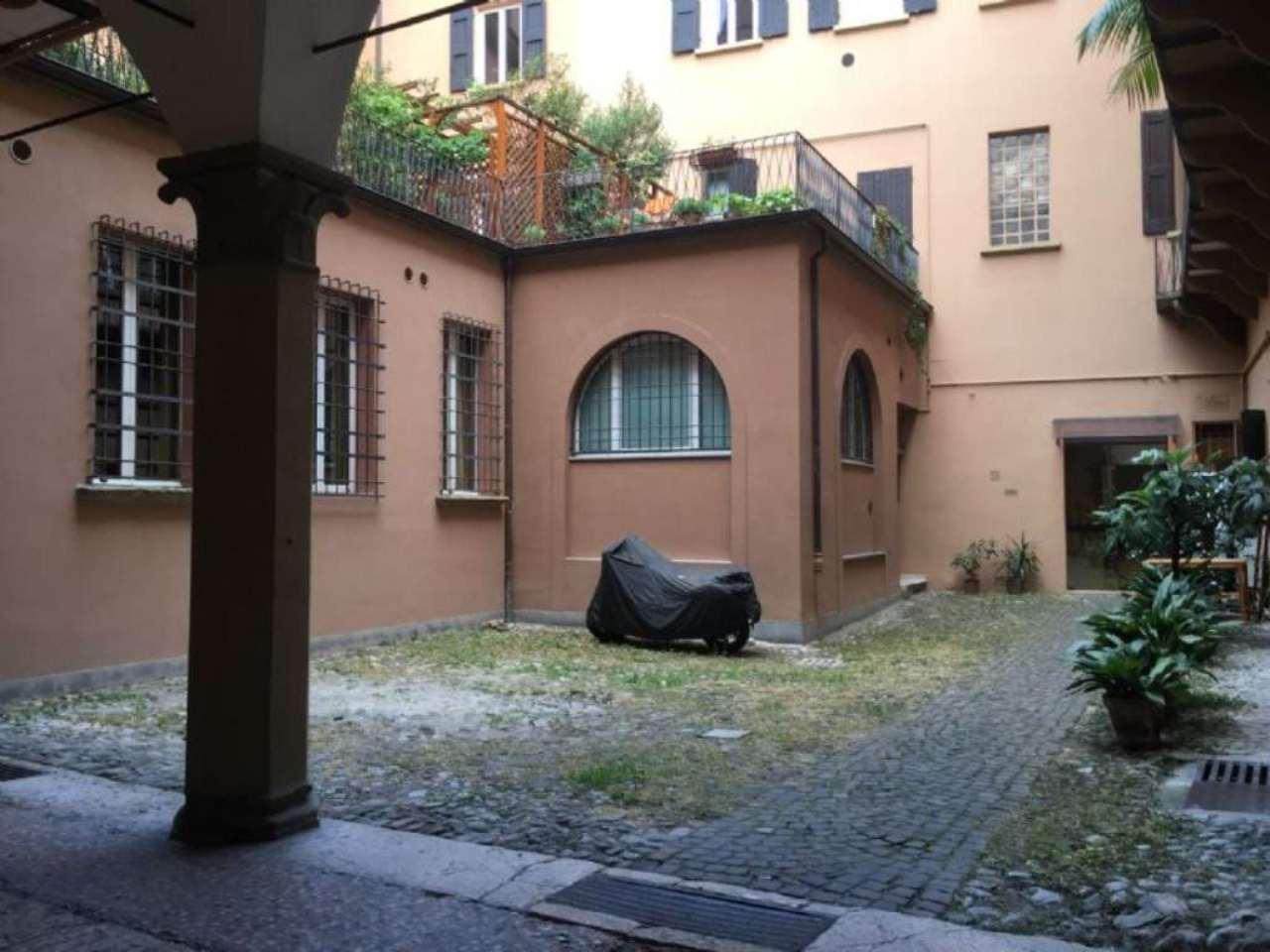 Bilocale Bologna Via Marsala 10