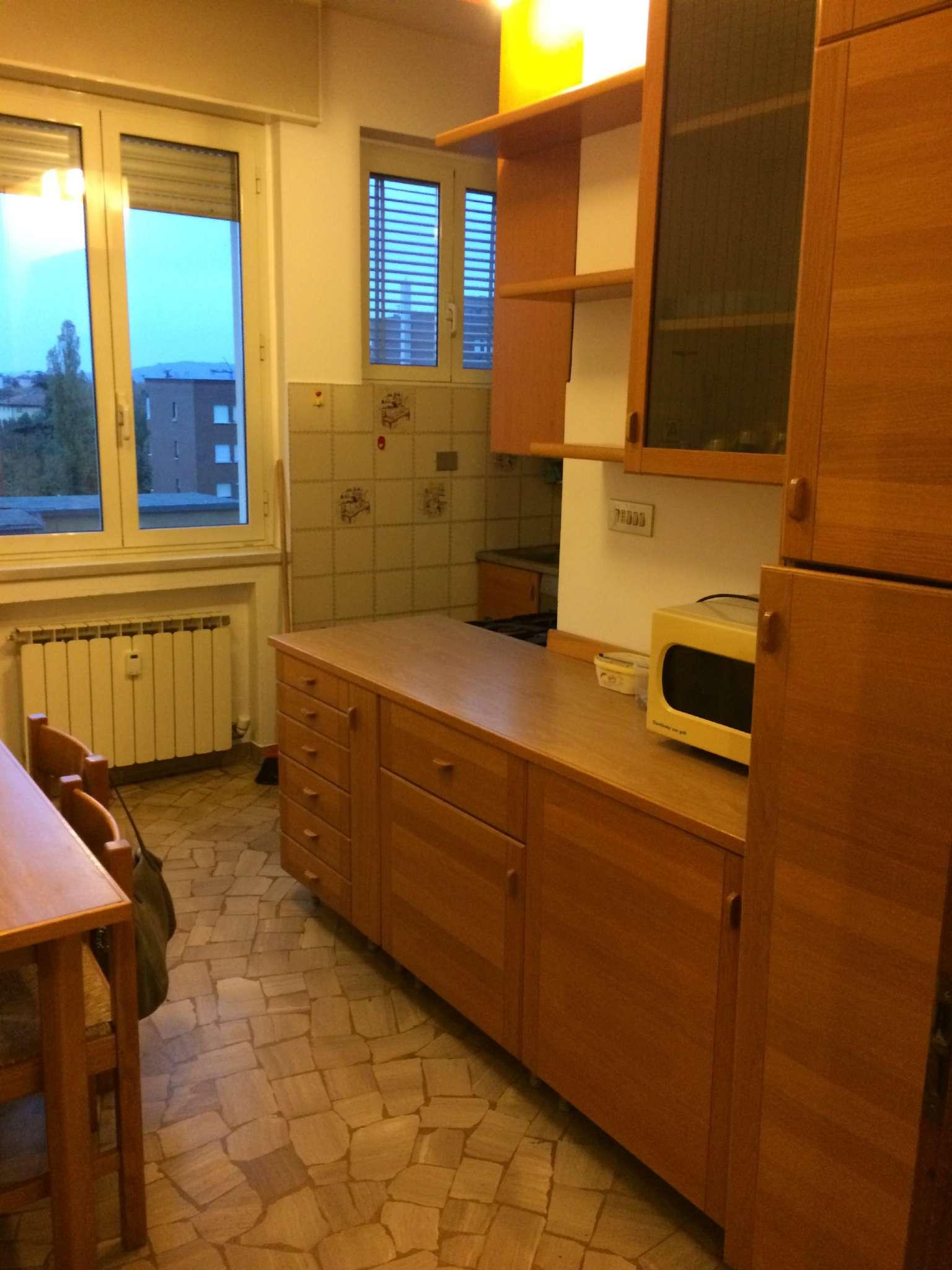 Appartamento in affitto a Bologna, 9999 locali, zona Zona: 7 . Savena, Mazzini, Fossolo, Bellaria, prezzo € 700 | Cambio Casa.it