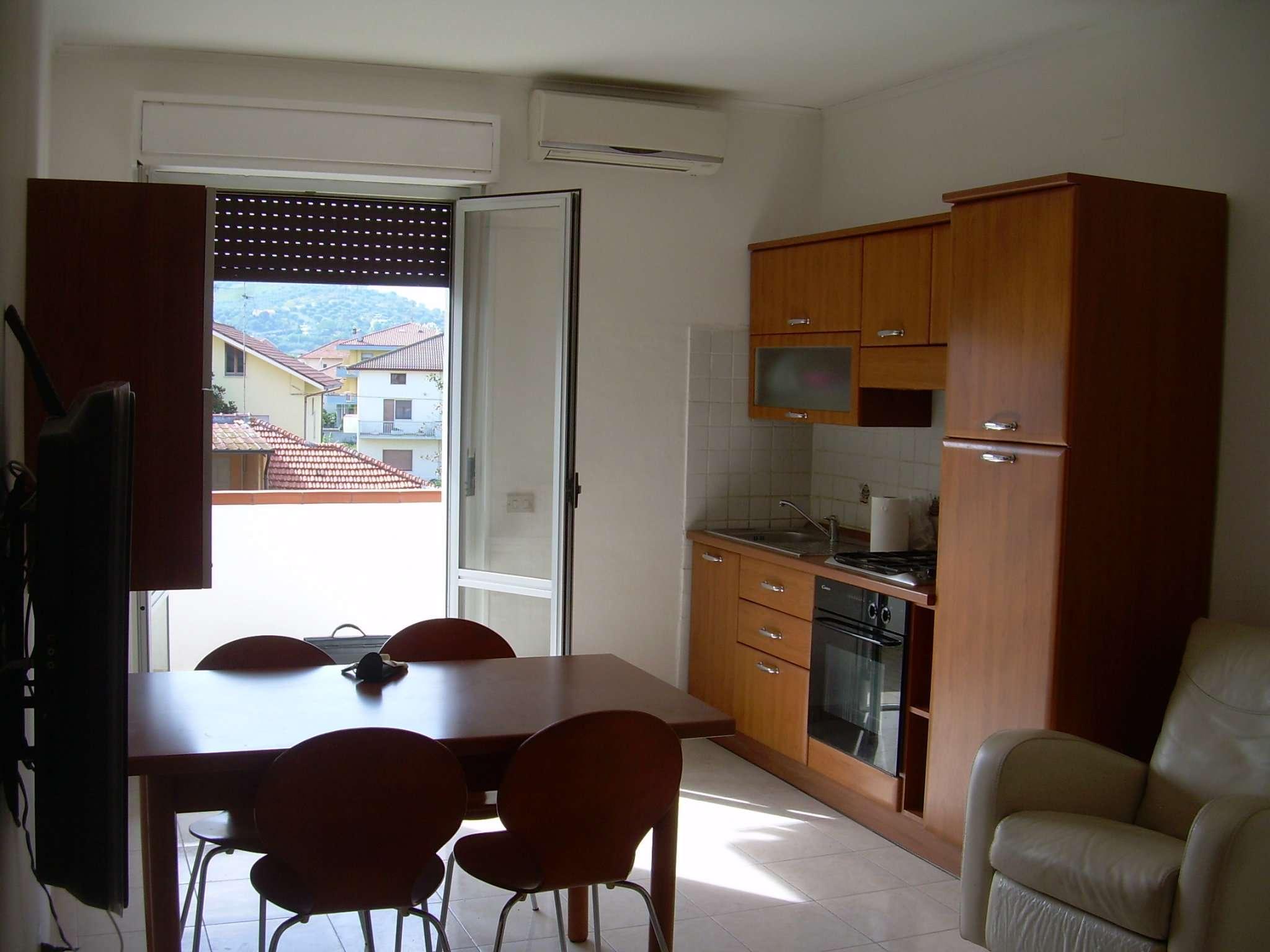 Bilocale Martinsicuro Via Vezzola 2