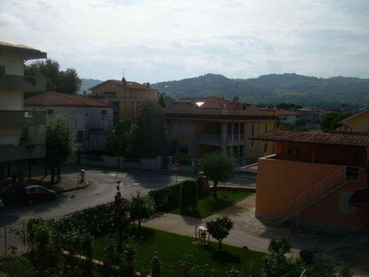 Bilocale Martinsicuro Via Vezzola 12