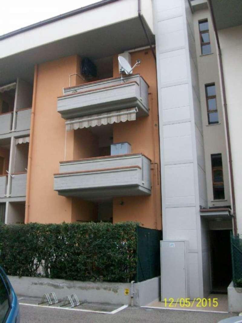 Bilocale Martinsicuro Via Francesco Baracca 3