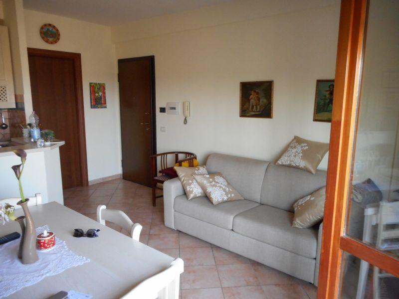 Bilocale Monterotondo Via Salaria 1