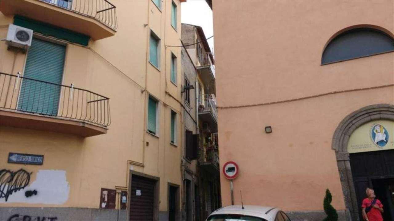 Bilocale Viterbo Via Della Bontà 12