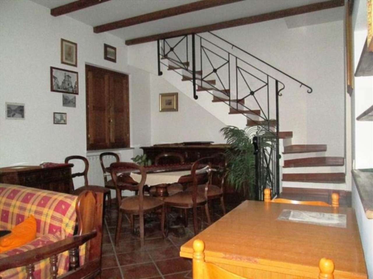 Bilocale Caprarola Via  Milazzo 2