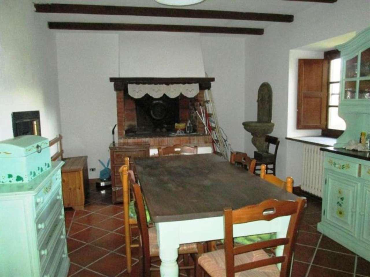 Bilocale Caprarola Via  Milazzo 8