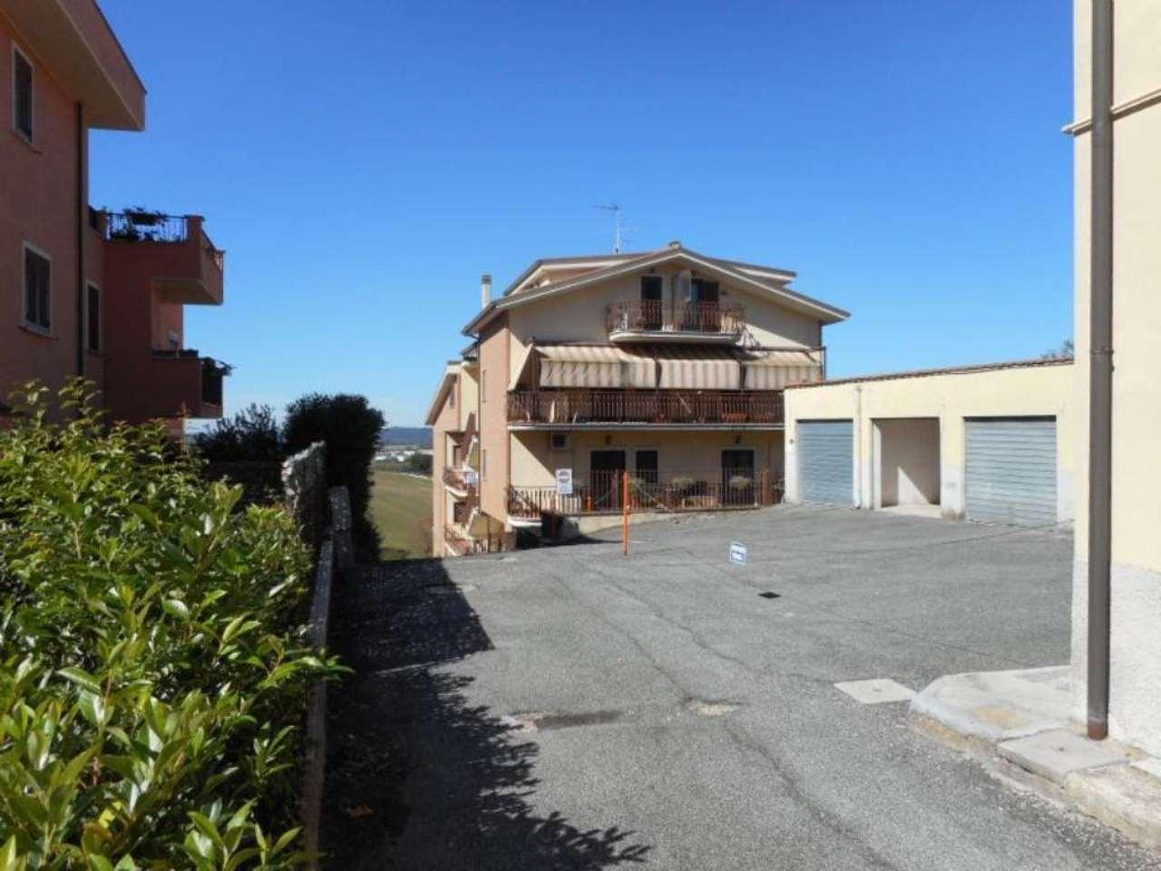 Bilocale Monterotondo Via San Martino 2