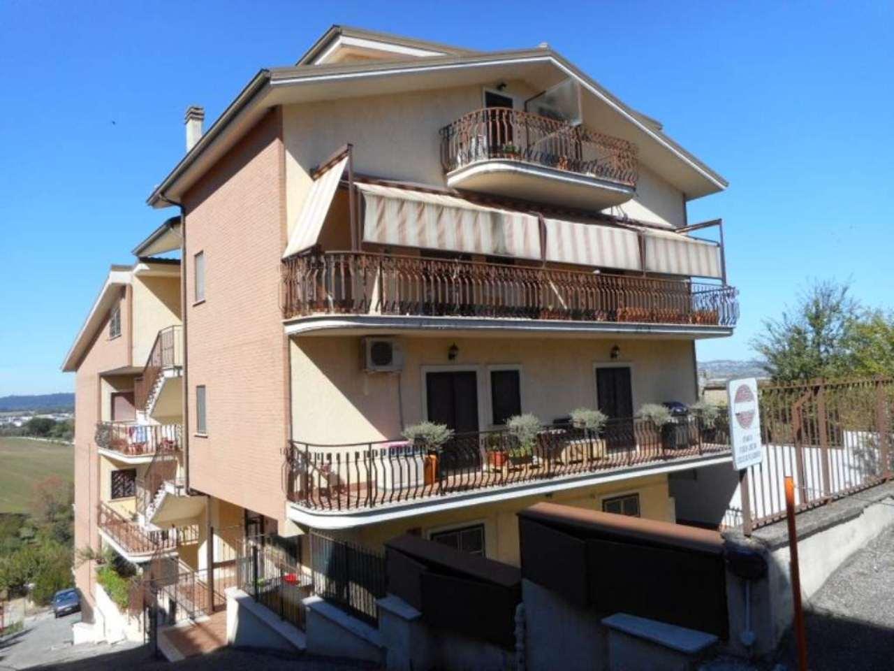 Bilocale Monterotondo Via San Martino 4