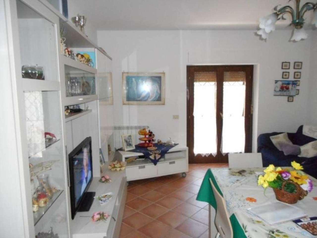 Bilocale Monterotondo Via San Martino 12