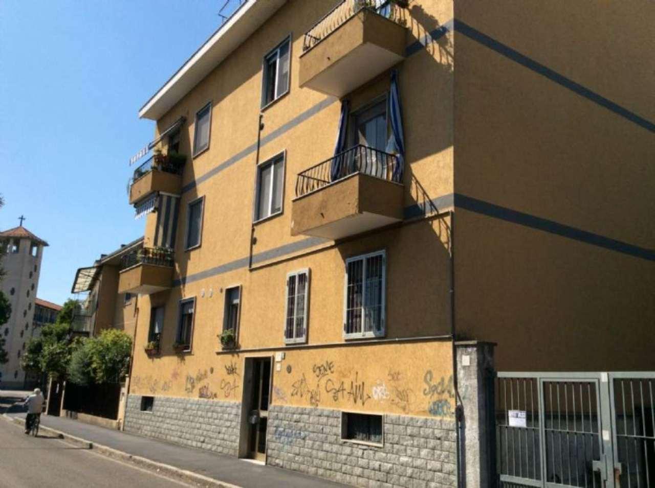 Bilocale Corsico Via Carlo Porta 8