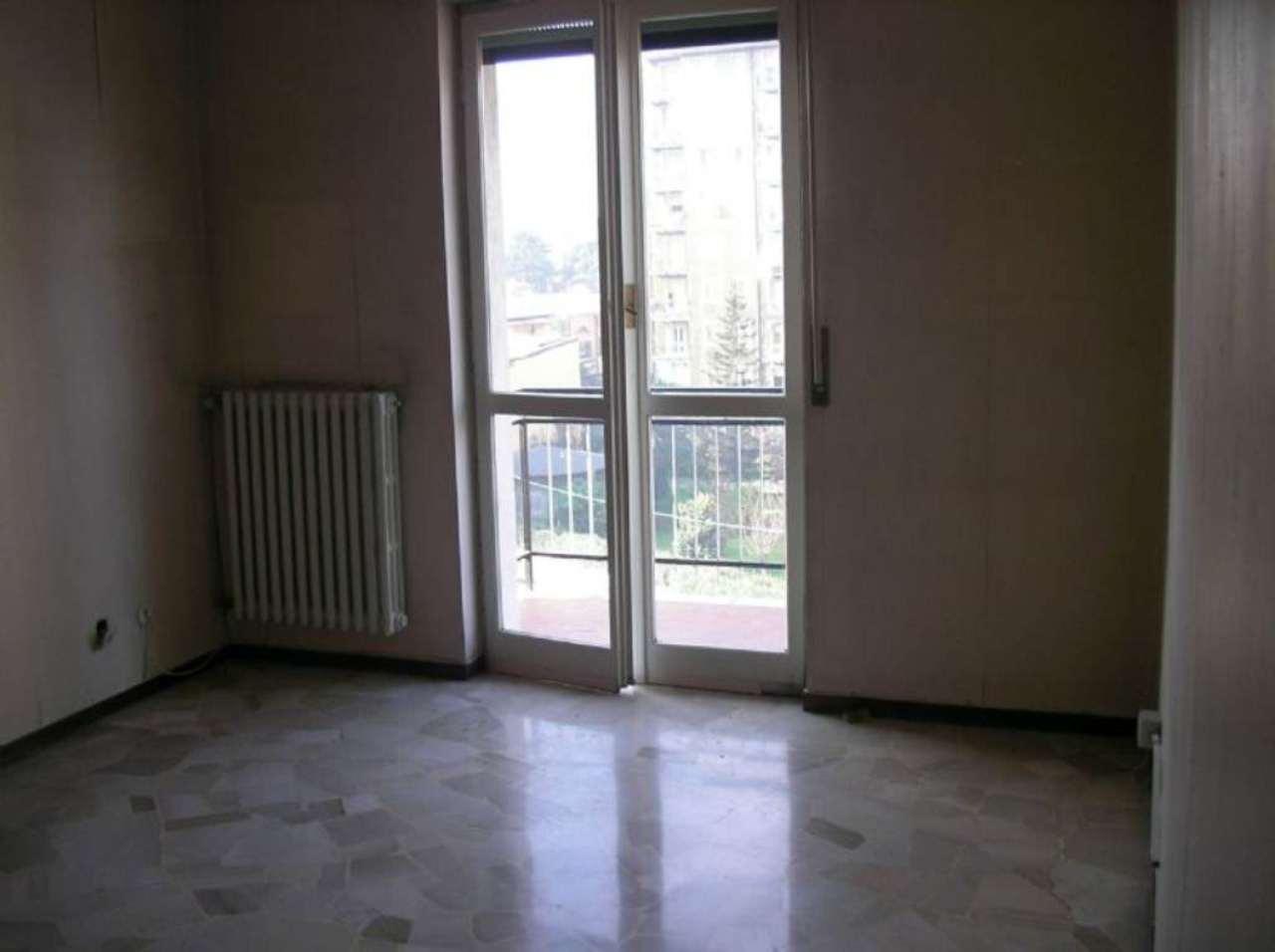 Bilocale Cologno Monzese Corso Roma 2